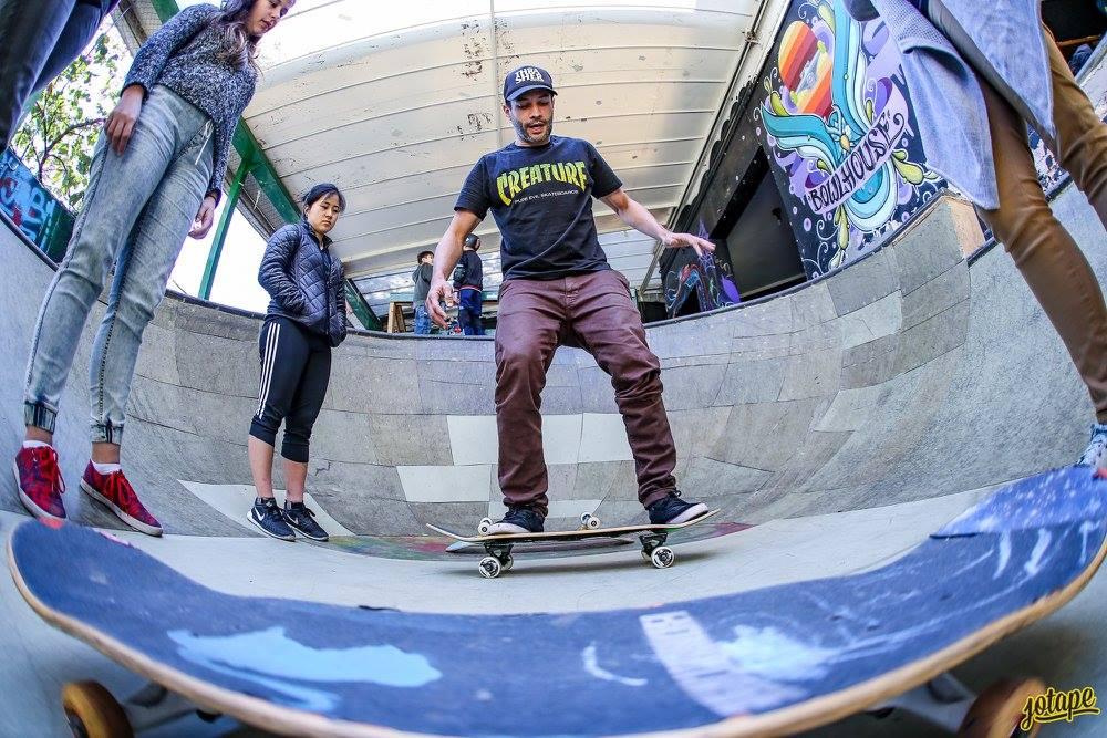 Aula de Skate na Bowlhouse Foto: Jotape